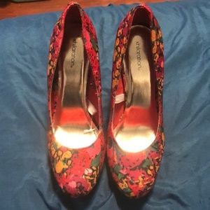 Colorful red heels only worn once